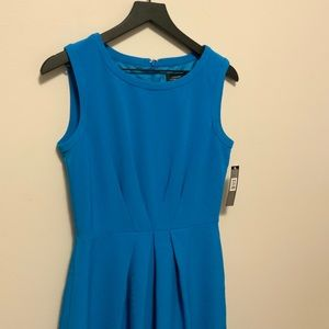 Tahari Charlie Dress Size 6 Blue